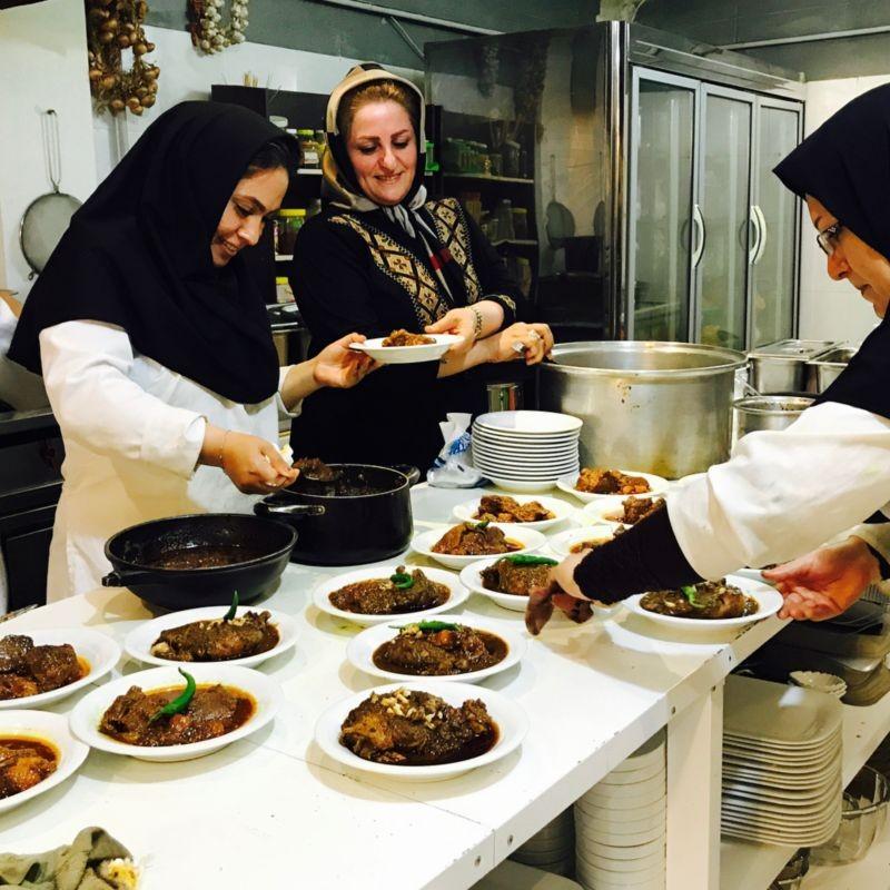 Narges Khatoon Restaurant (3).jpg