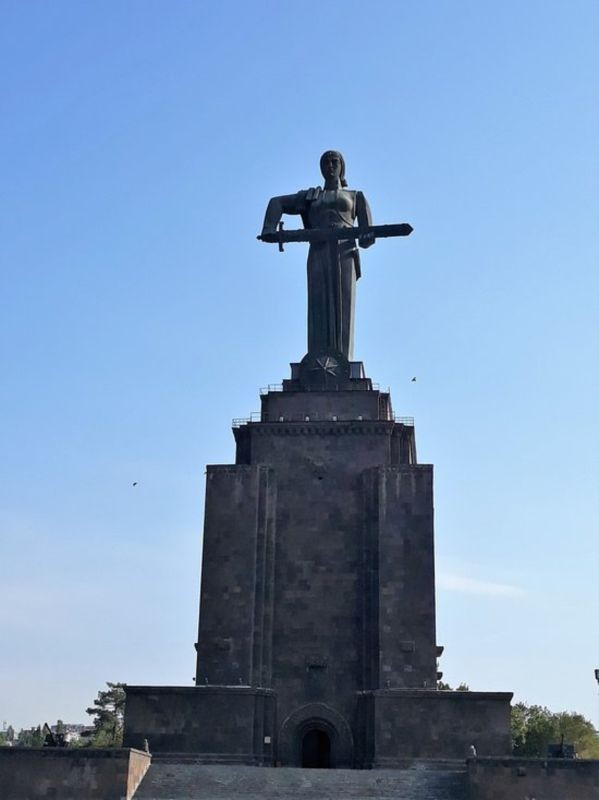 Victory Park and Statue of Mother Armenia (2).jpg