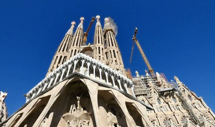 معروف ترین بناهای ناتمام دنیا