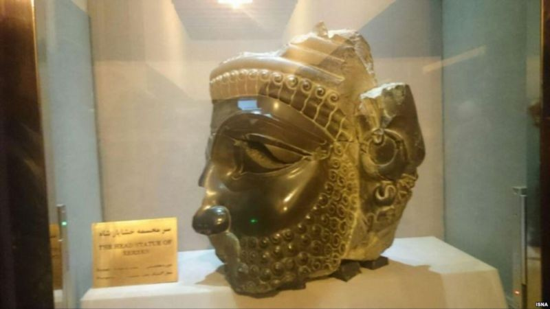 Takhte Jamshid Museum (4).jpg
