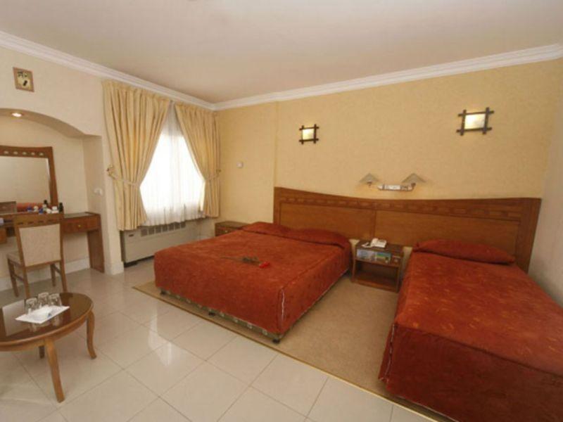 Hotel Azadi (1).jpg