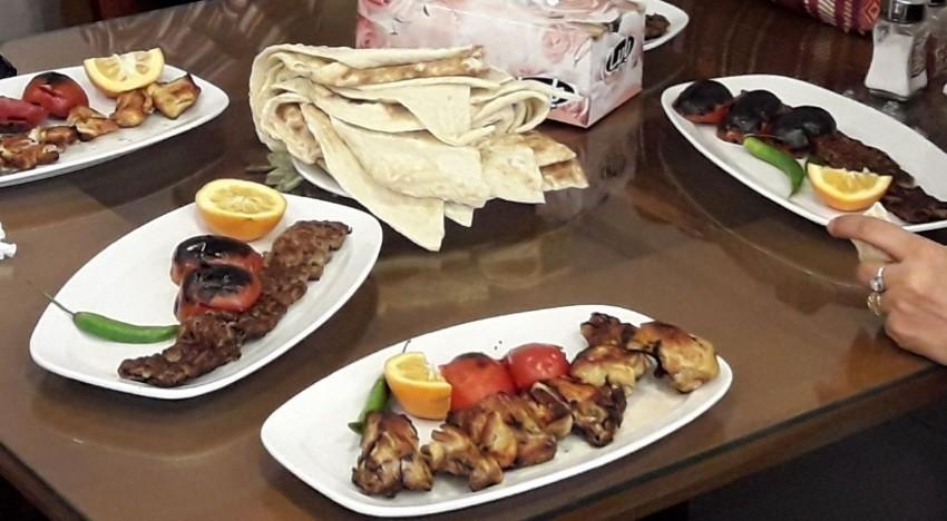 رستوران بناب (اهواز)