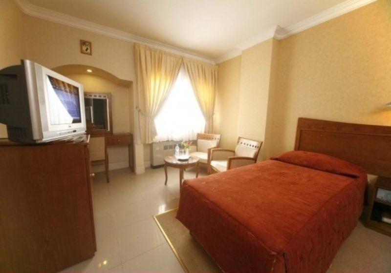 Hotel Azadi (3).jpg