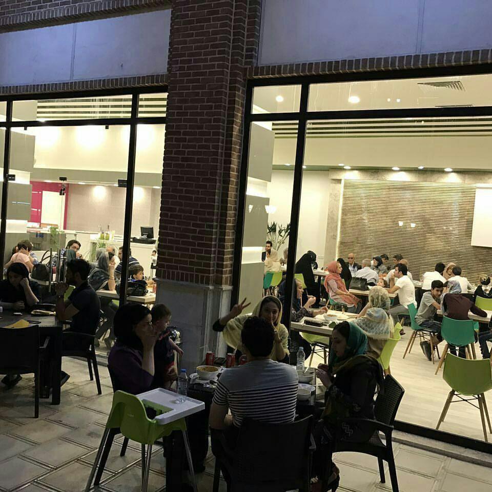 Collage Cafe Restaurant-01.jpg