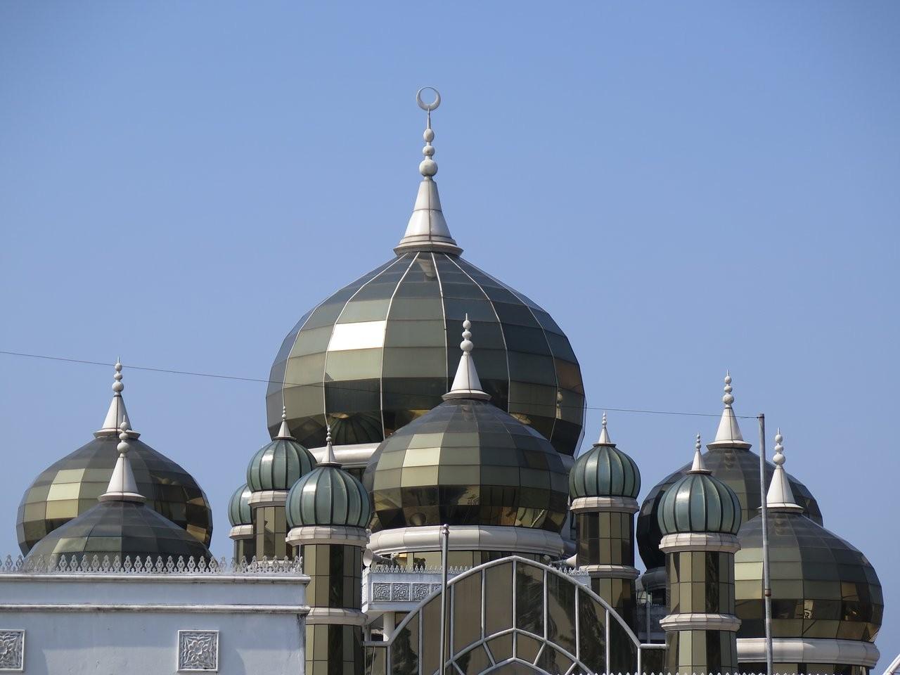 Crystal Mosque-02.jpg