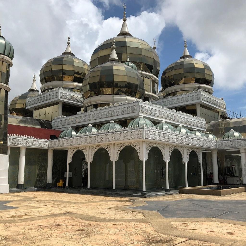 Crystal Mosque-05.jpg