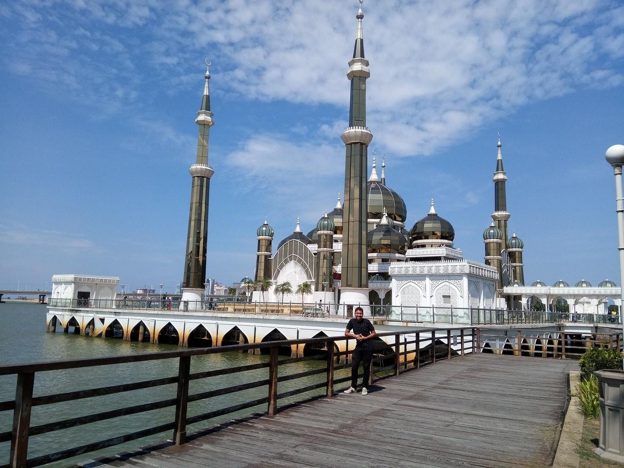 Crystal Mosque-01.jpg