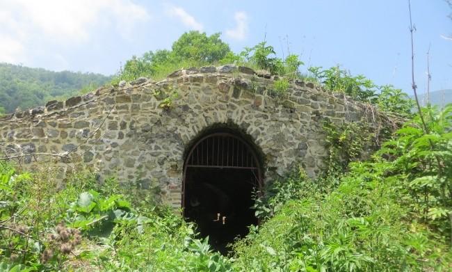 قزلق، کاروانسرای سنگی گرگان