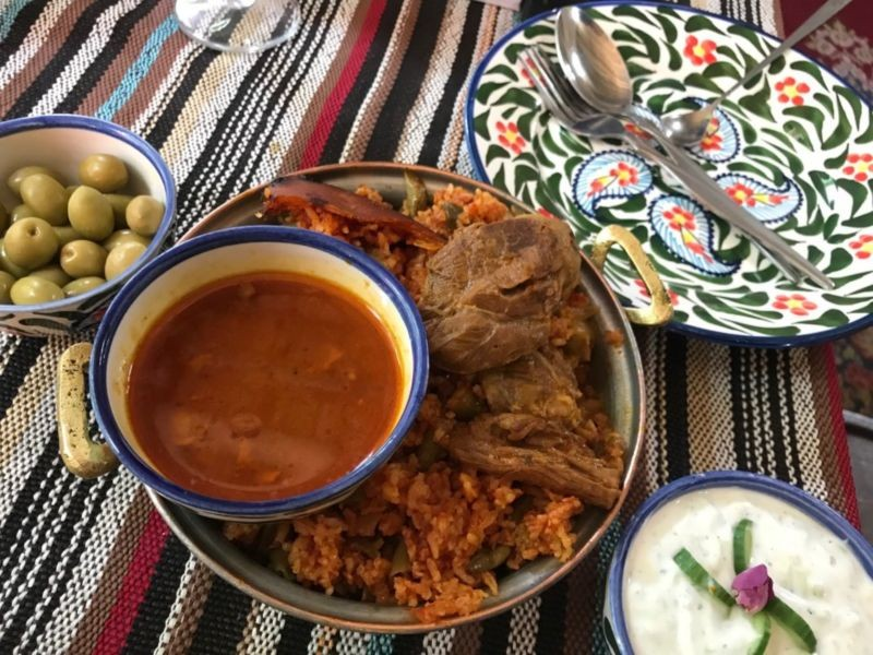 رستوران خانه سنتی پرهامی