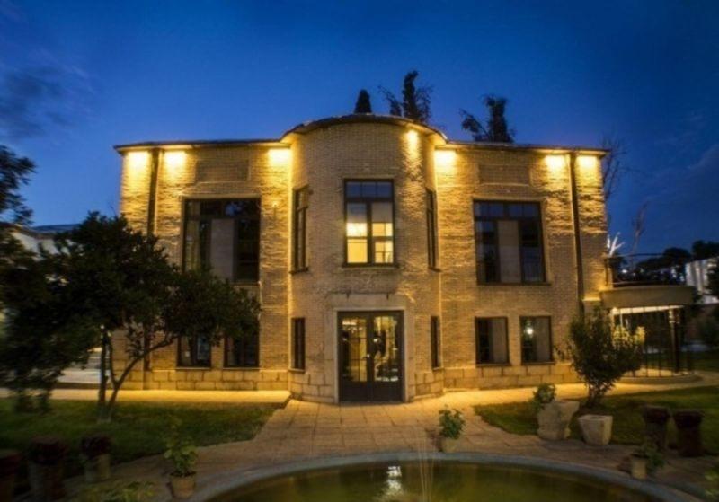 خانه باغ ایرانی شیراز
