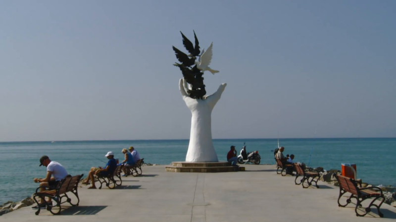 Hand of Peace Sculpture (1).png