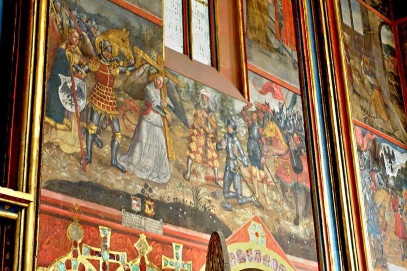 St. Vitus Cathedral (1).jpg