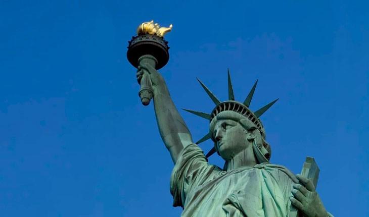 مشعل اصلی مجسمه آزادی به موزه میرود