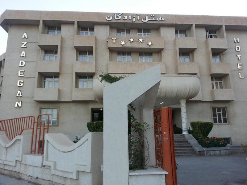 Azadegan Hotel (6).jpg