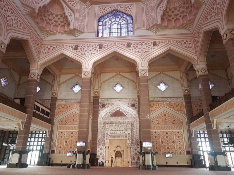 Masjid Tuanku Mizan Zainal Abidin (6).jpg