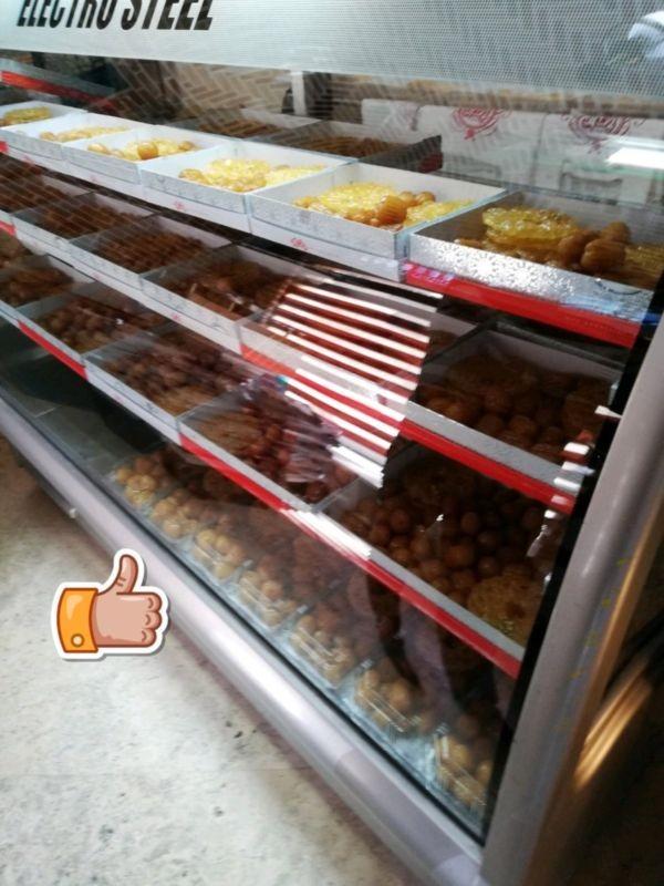 Gol-e Sorkh Pastry Shop (3).jpg