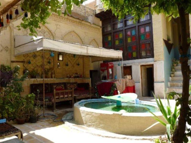 Golshan Traditional Hostel (2).jpg