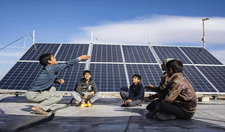 استفاده از پنل های خورشیدی در میان روستاییان ایرانی