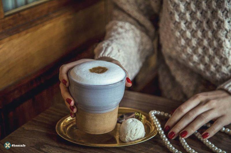 Hes Cafe Cafe (5).jpg