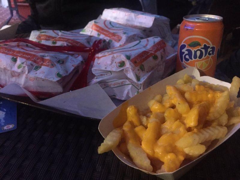 Ahmadreza Abed Zadeh Burger Bar (5).jpg