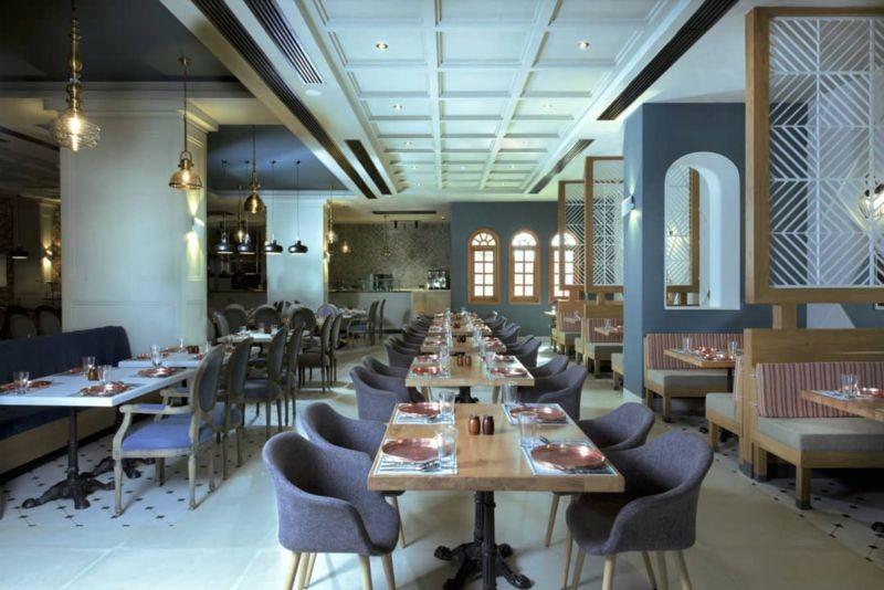 مجموعه رستوران های عمارت وکیل