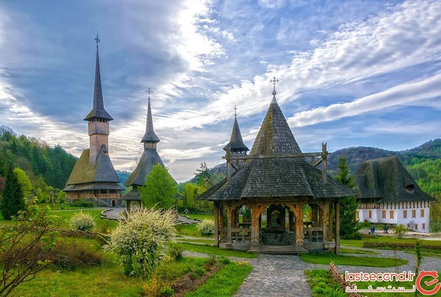 کلیسای چوبی در مارمورش رومانی