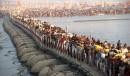 پلهای شناور الله آباد، برای حضور ۱۰۰ میلیون نفر ساخته میشوند