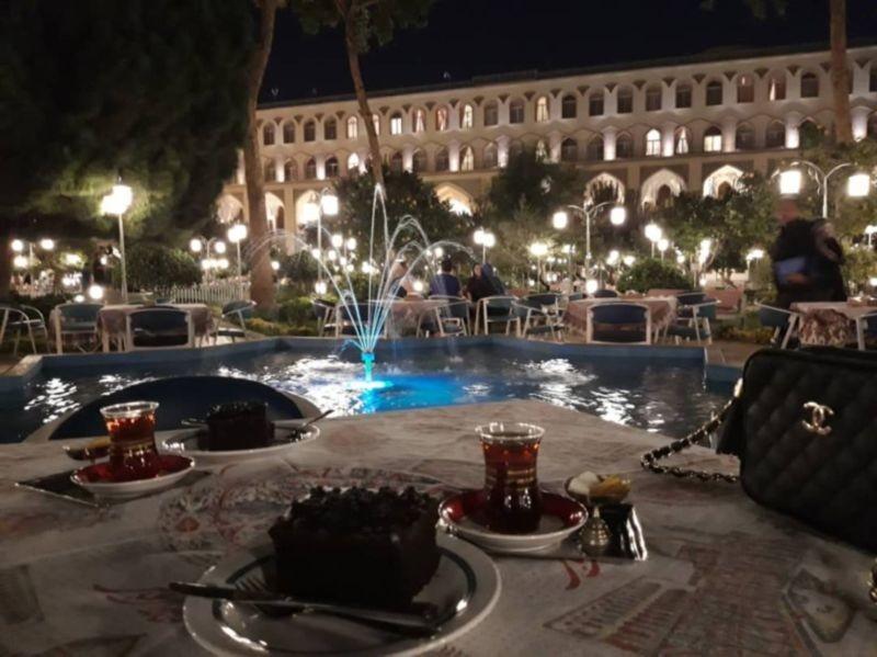 چایخانه سنتی هتل عباسی