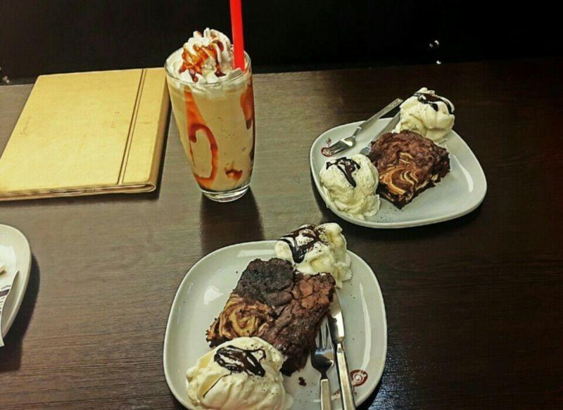 Viuna Cafe (2).jpg