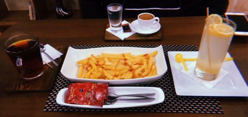 Viuna Cafe (5).jpg