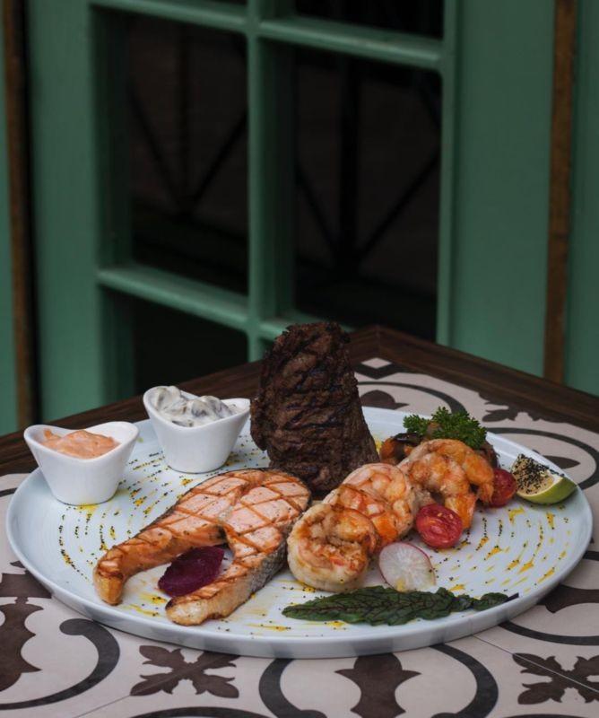 Milto Cafe Restaurant (5).jpg