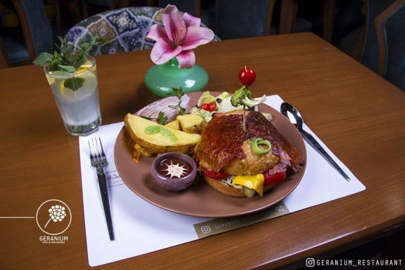 Geranium Restaurant (4).jpg