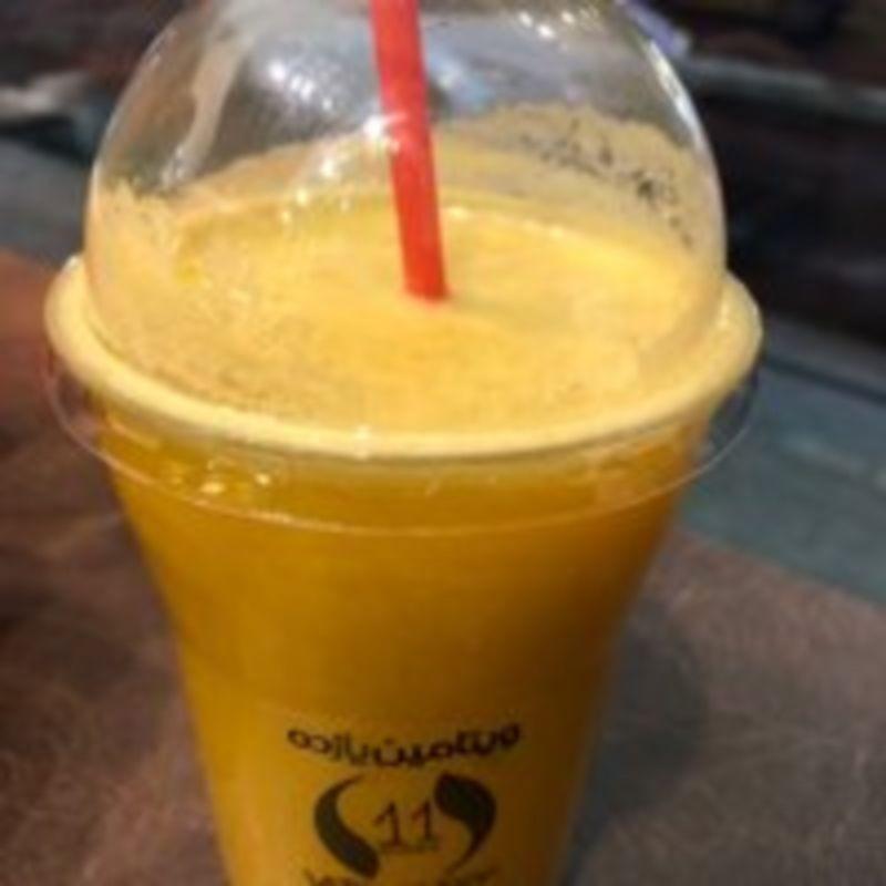Vitamin 11 Cafe (6).jpg