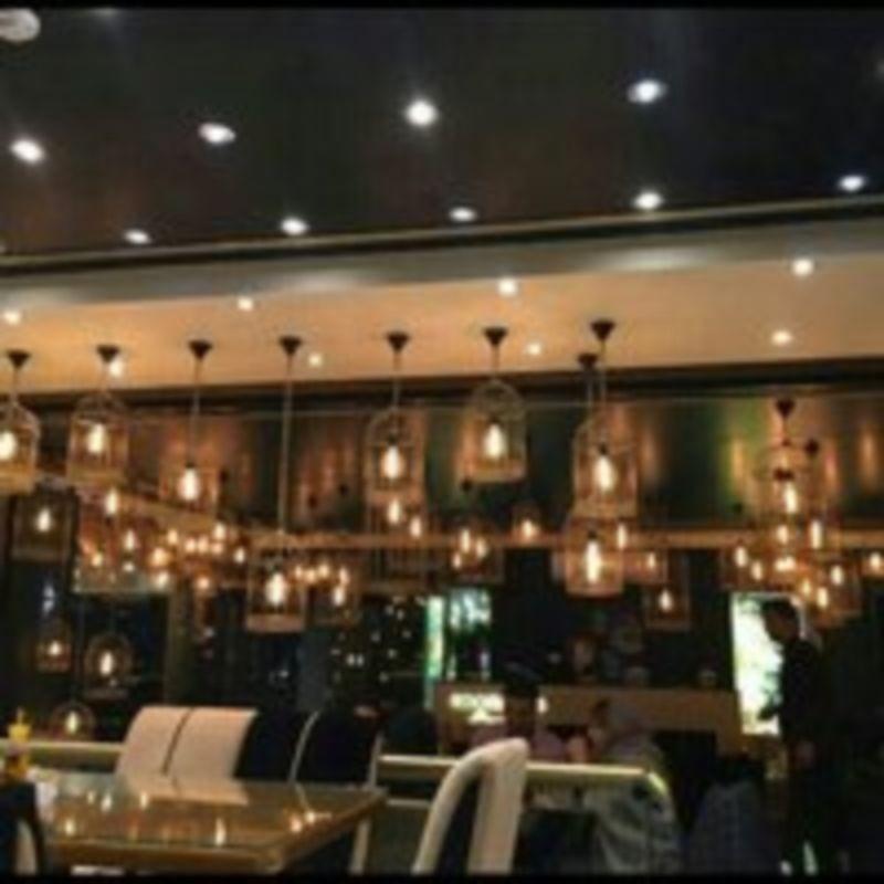 Royaei Cafe Restaurant (4).jpg