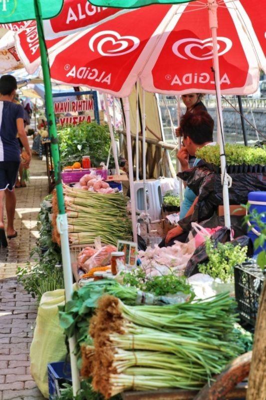 Fatih Tuesday Market