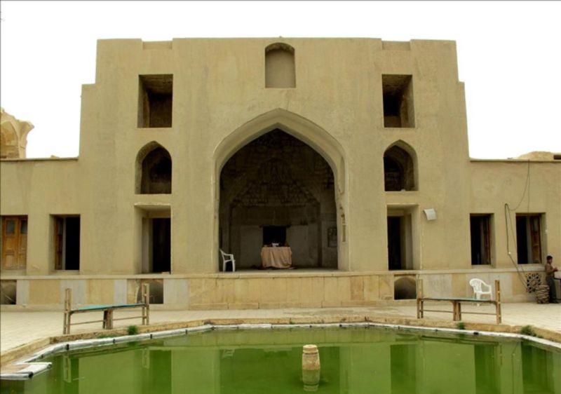 باغ تاریخی نشاط