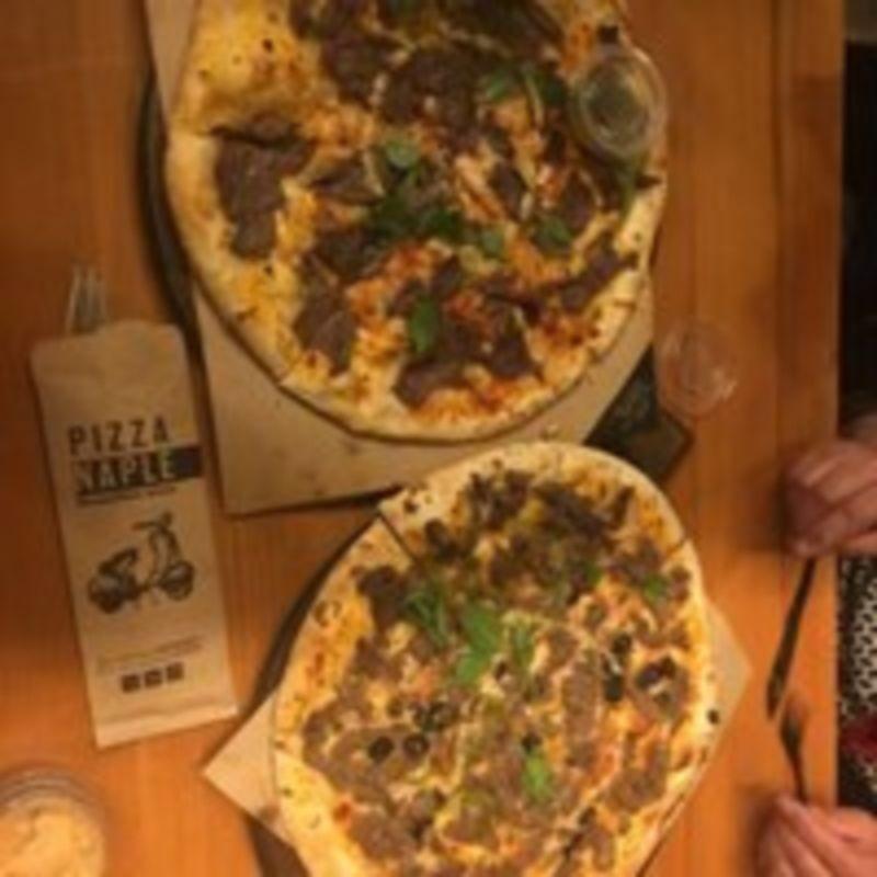 Napel Pizza Restaurant (6).jpg