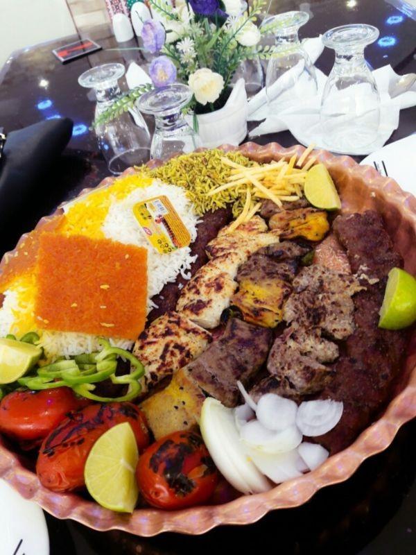 رستوران هتل پاسارگاد جهرم