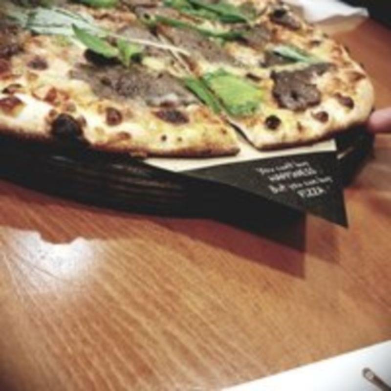 Napel Pizza Restaurant (3).jpg