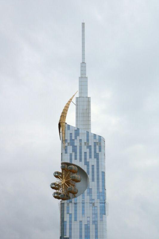 برج چرخ و فلک باتومی