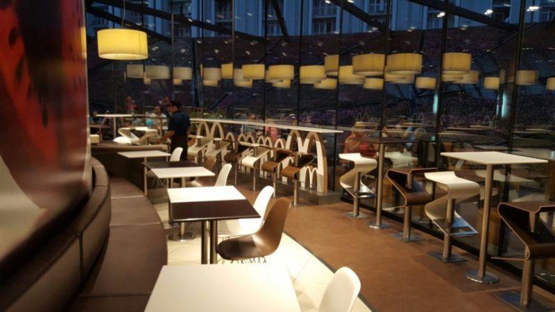 Mcdonalds Fast Food Batumi (4).jpg