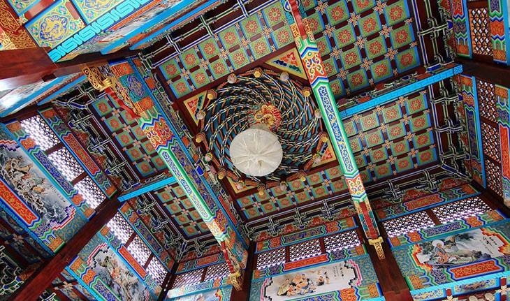 شگفت انگیزترین سقف های جهان