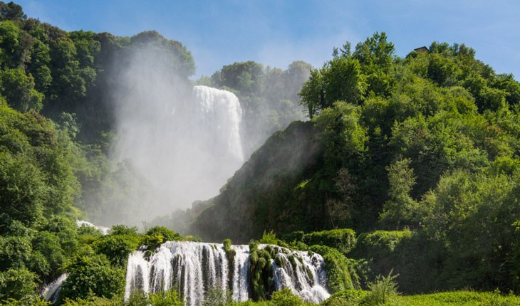 آبشار عظیمی که ساختهی دست رومیان باستانی بوده است!