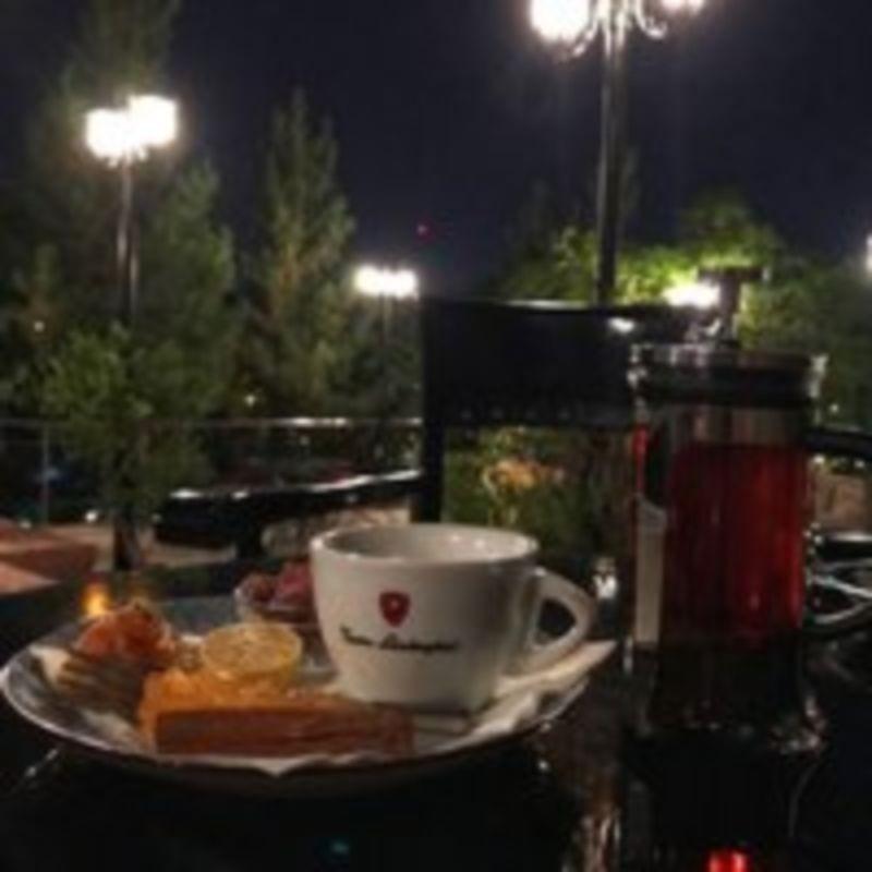 Leon Cafe (7).jpg