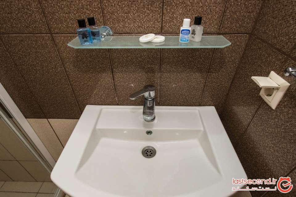 سرویس بهداشتی هتل.jpg