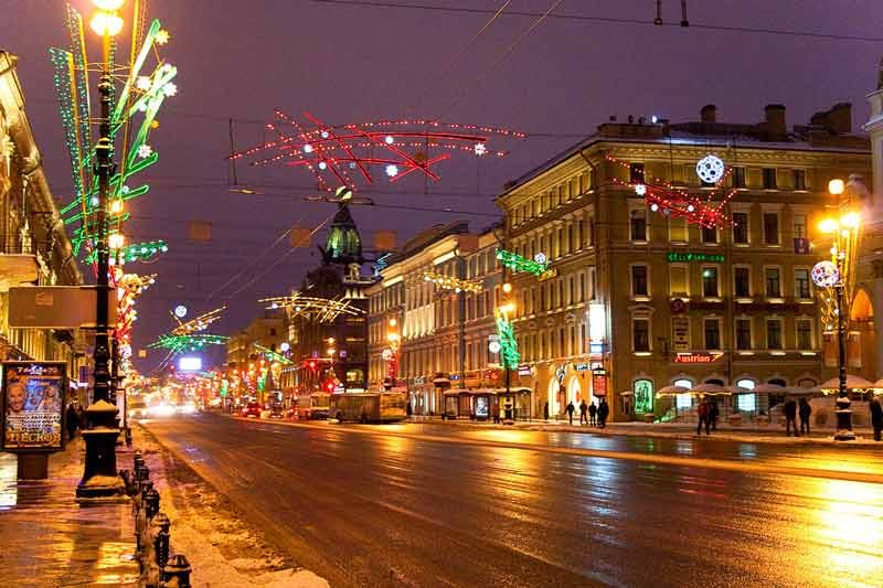 Nevsky Prospekt St. Petersburg (2).jpg