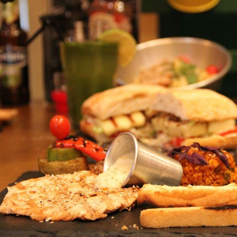 Casa Restaurant-06.jpg