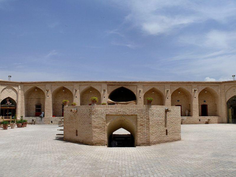 Shah Abbasi Caravanserai (2).jpg