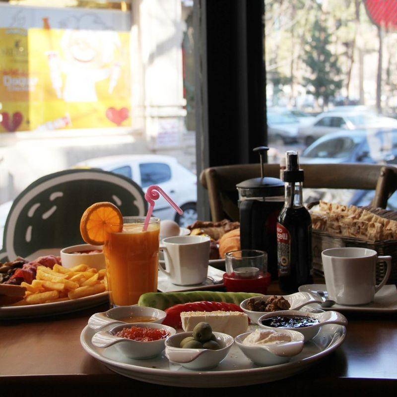 Casa Restaurant-09.jpg