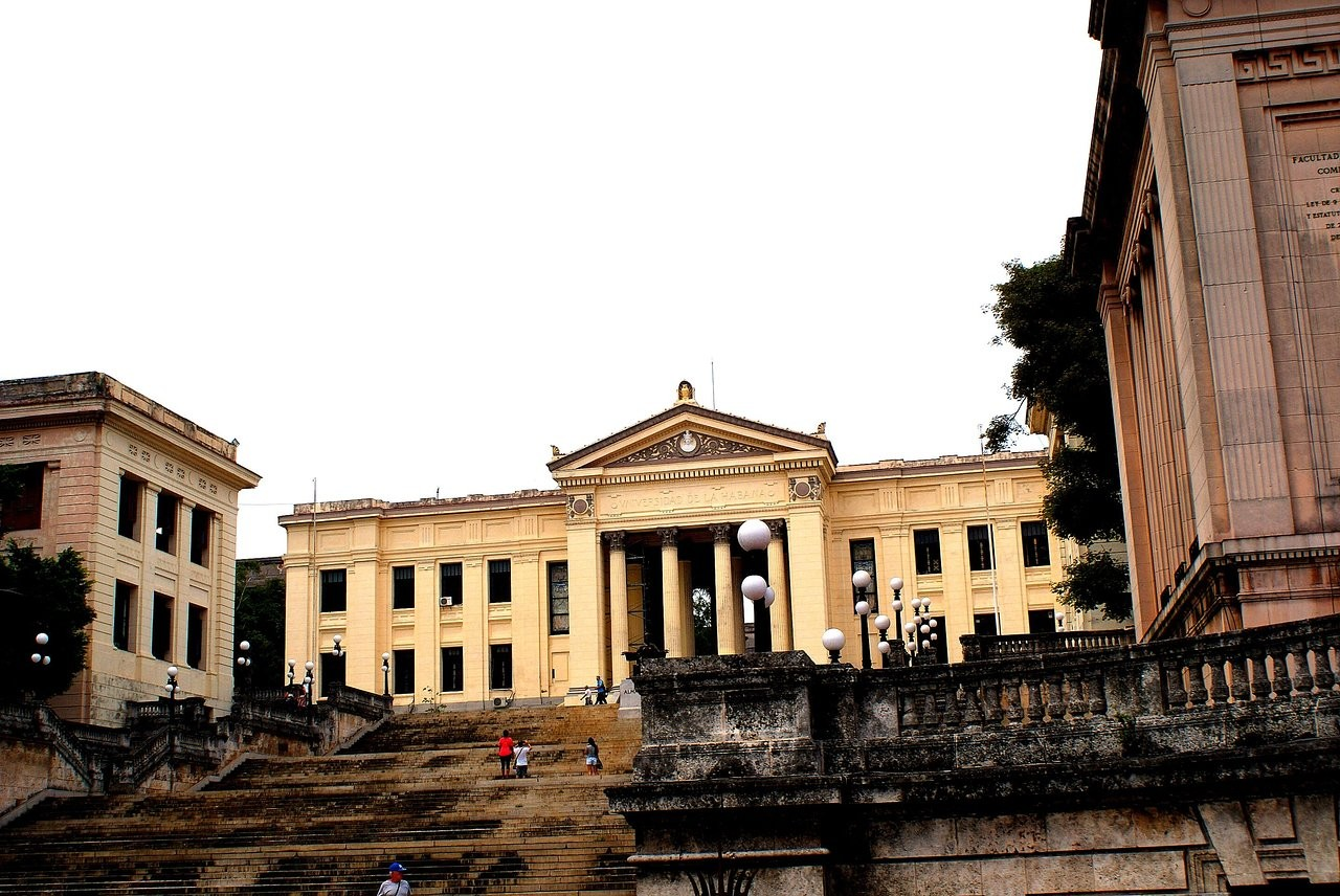دانشگاه هاوانا